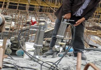 四川旧楼房的拆除劈裂机的使用方法技巧