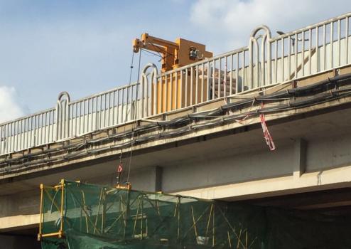博奥轻量化桥梁检测车彻底改变了传统的检修方式